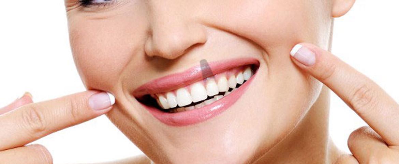 ¿Estás pensando en realizarte un tratamiento de implantes dentales?